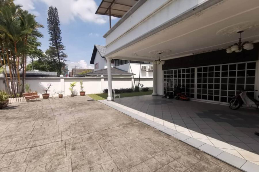 Persiaran Zaaba, TTDI,Kuala Lumpur, 5 Bedrooms Bedrooms, ,5 BathroomsBathrooms,Bungalow / Detached,For Sale,Zaaba,2129