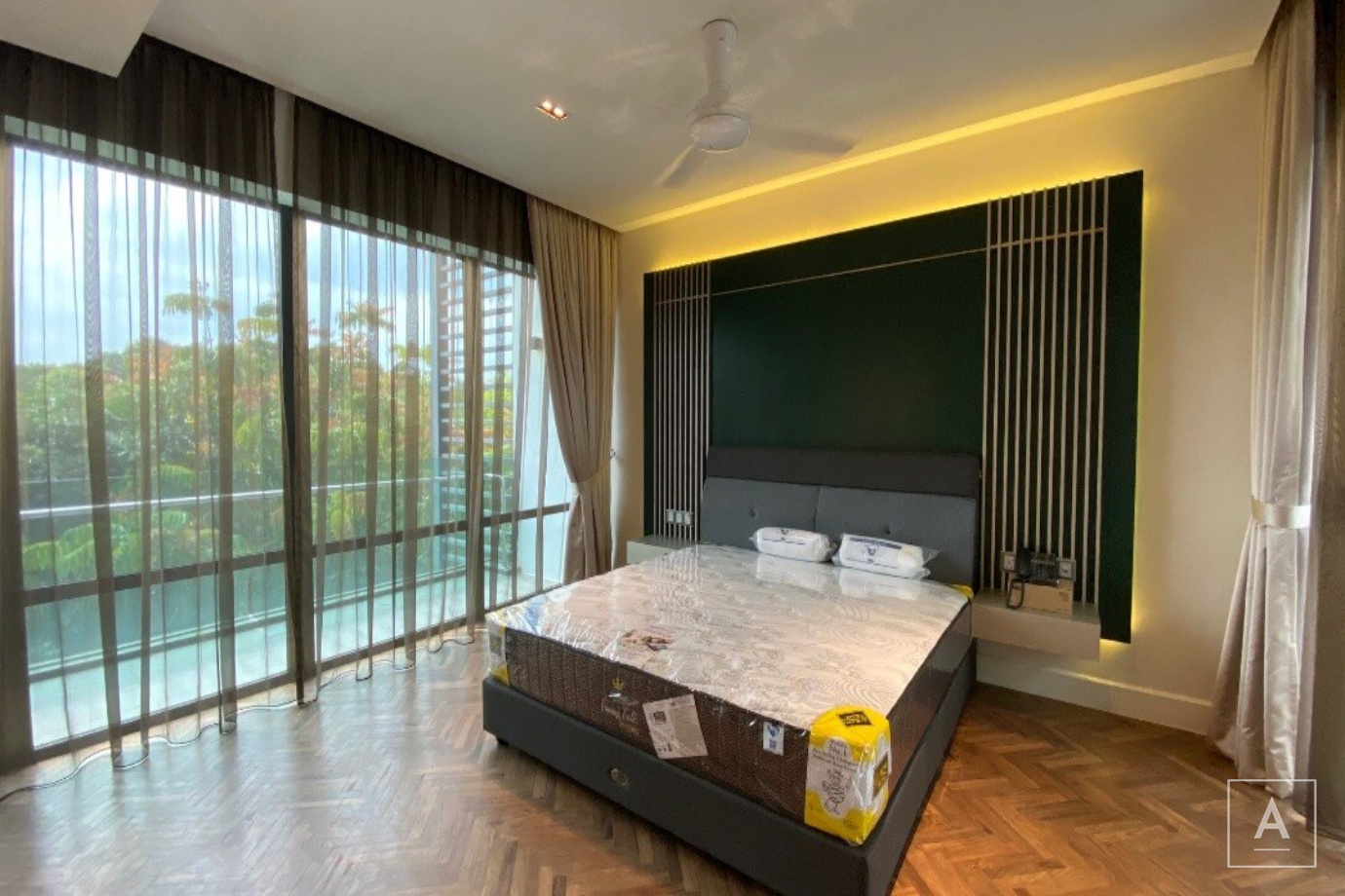 East Residence, KLGCC, Mont Kiara,Kuala Lumpur, 5 Bedrooms Bedrooms, ,7 BathroomsBathrooms,Terrace / Link,For Sale,Mont Kiara,2146