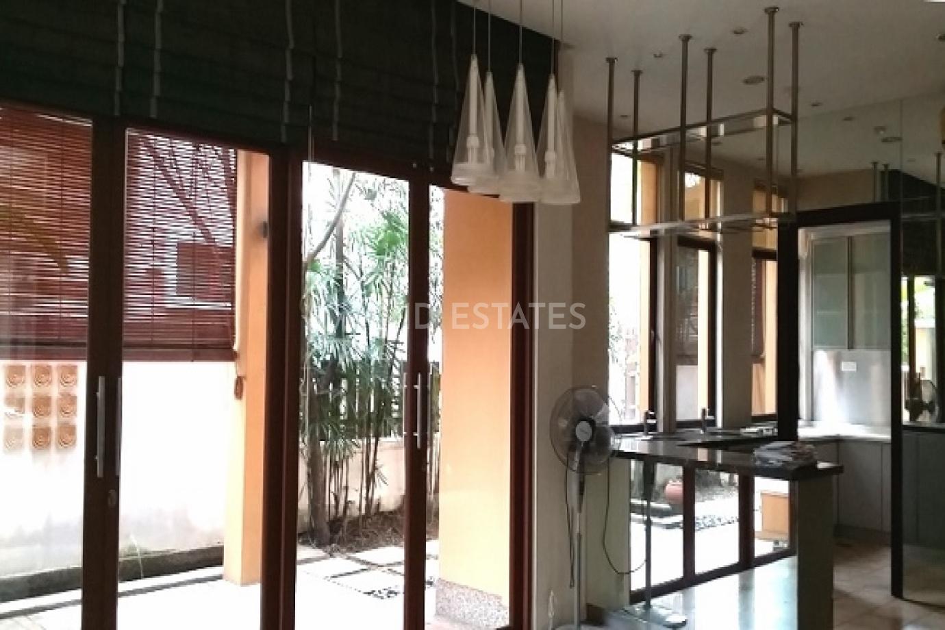 Duta Nusantara,Kuala Lumpur, 5 Bedrooms Bedrooms, ,4 BathroomsBathrooms,Semi-Detached,To Let,Jalan Sri Hartamas 1, Off Jalan Duta,1137