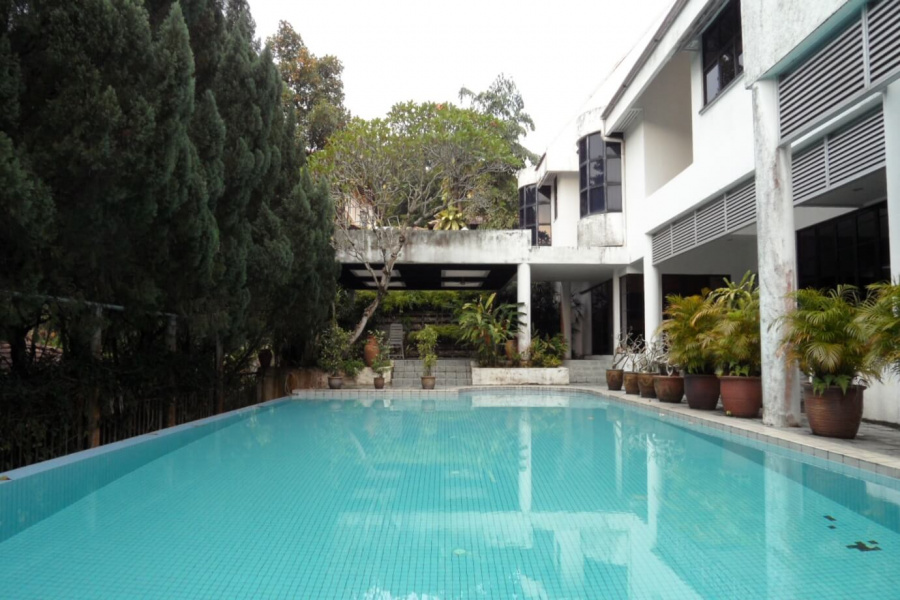 Taman Duta,Kuala Lumpur, 5 Bedrooms Bedrooms, ,6.5 BathroomsBathrooms,Bungalow / Detached,For Sale,Nusa,1766