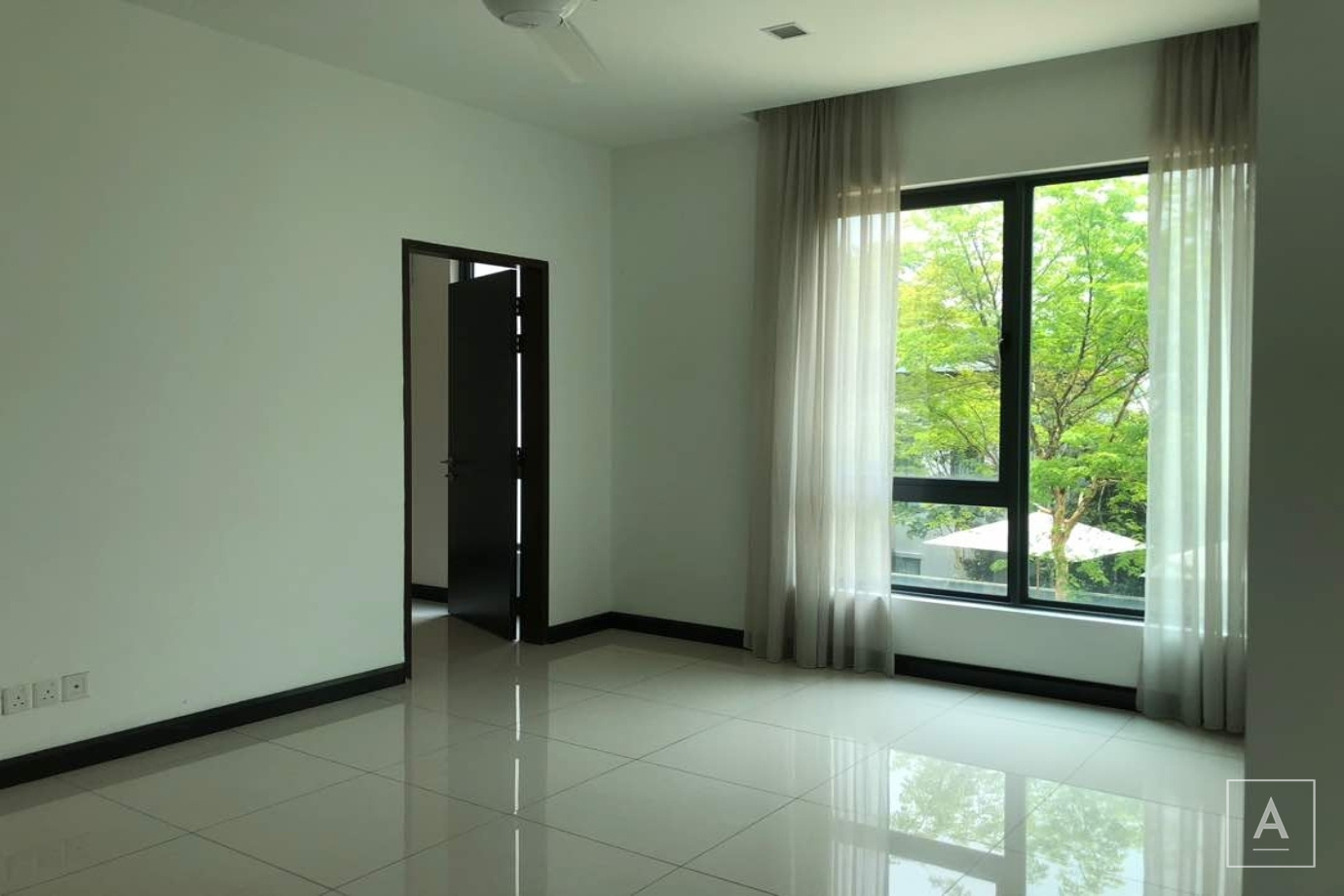 10 Damansara Heights, Damansara Heights,Kuala Lumpur, 1 Bedroom Bedrooms, ,2 BathroomsBathrooms,Condominium / Serviced Residence,To Let,10 Damansara Heights,Jalan Bukit Kota,1805